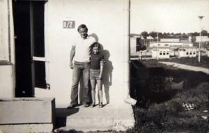 Na wczasach w Jelitkowie, z wujkiem Mietkiem.