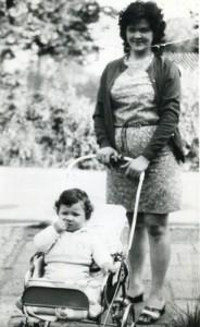Na tym zdjęciu jestem z moją mamusią Ewą.